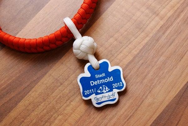 Paracord Dog Tag Holder