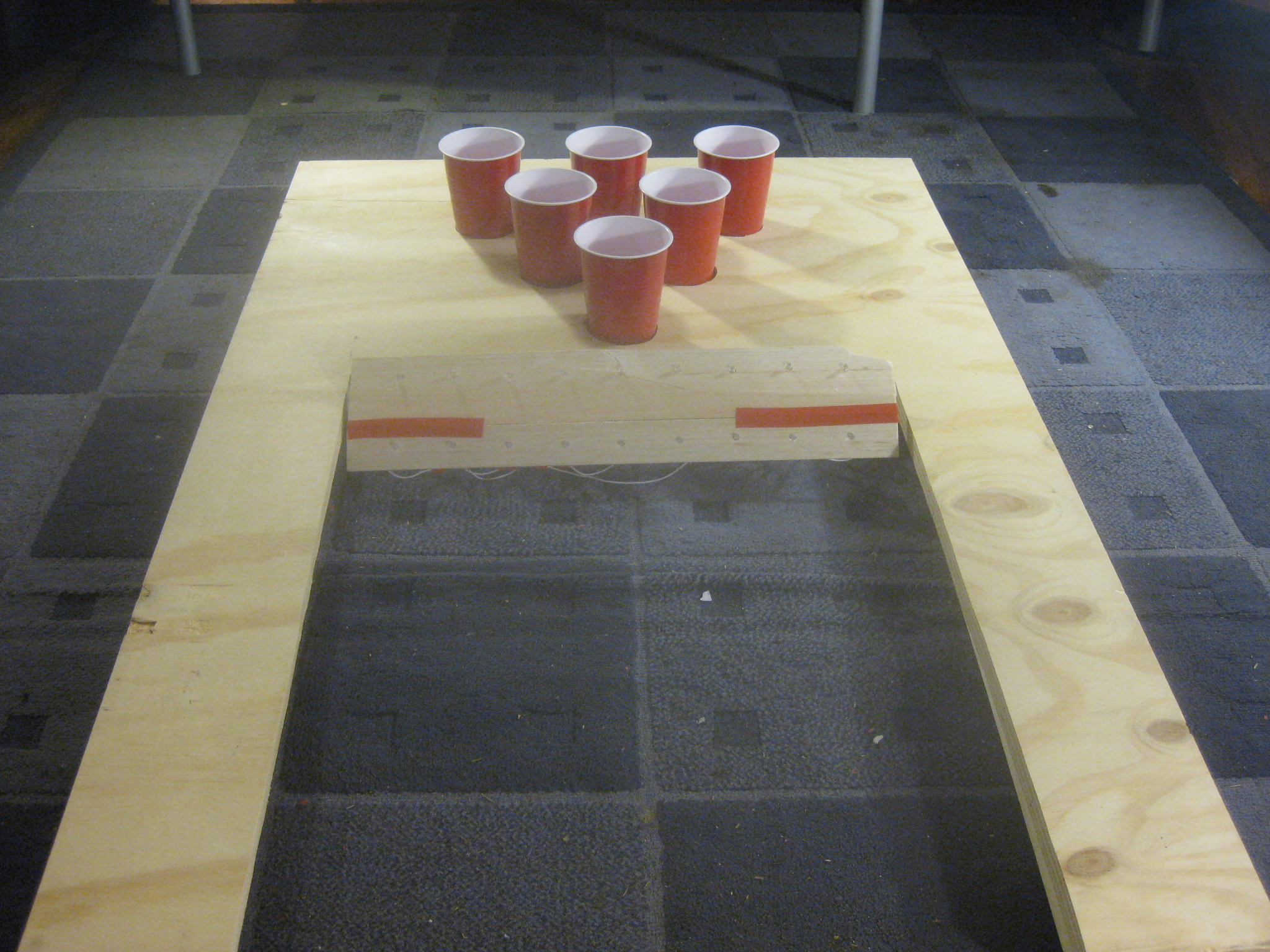Interactive Beer Pong (Beirut) Table