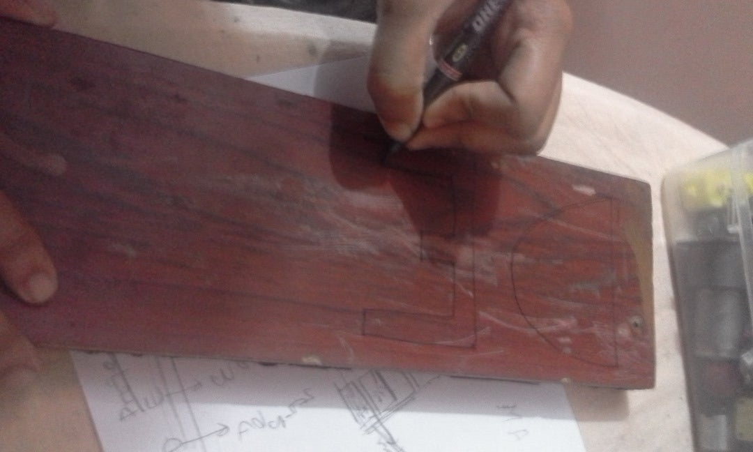 Draw on the Base Plank