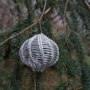 How to teach yourself to knit with wire (and maybe make a Christmas ornament too)
