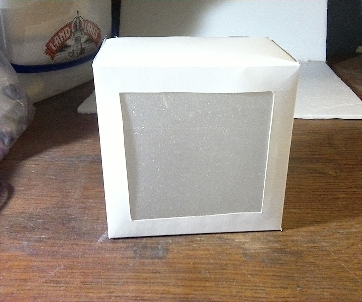 Diffraction Film Box With Changeable LED Source
