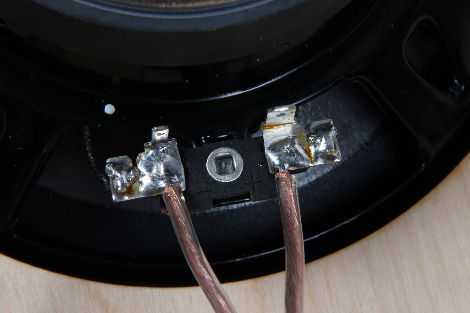 Wire Woofers to Crossover
