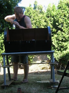 Attaching the Lid & Grill Grates