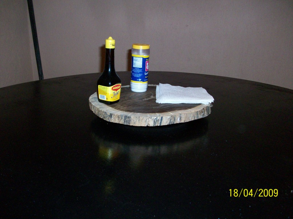 Reclaim wood rotating tray. (Lazy Susan)
