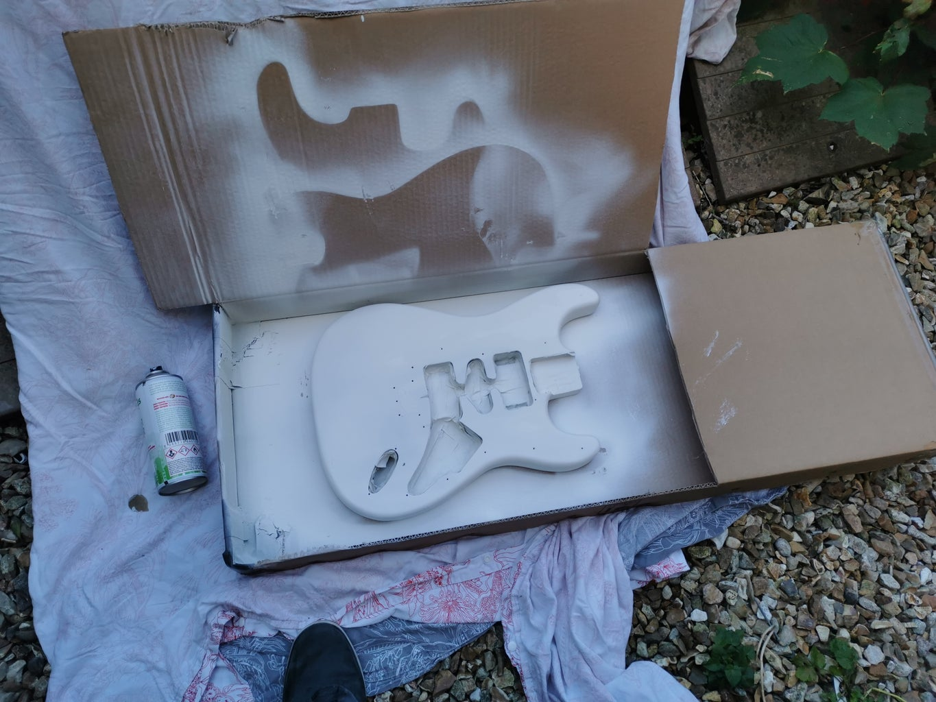 Priming the Wood & Painting