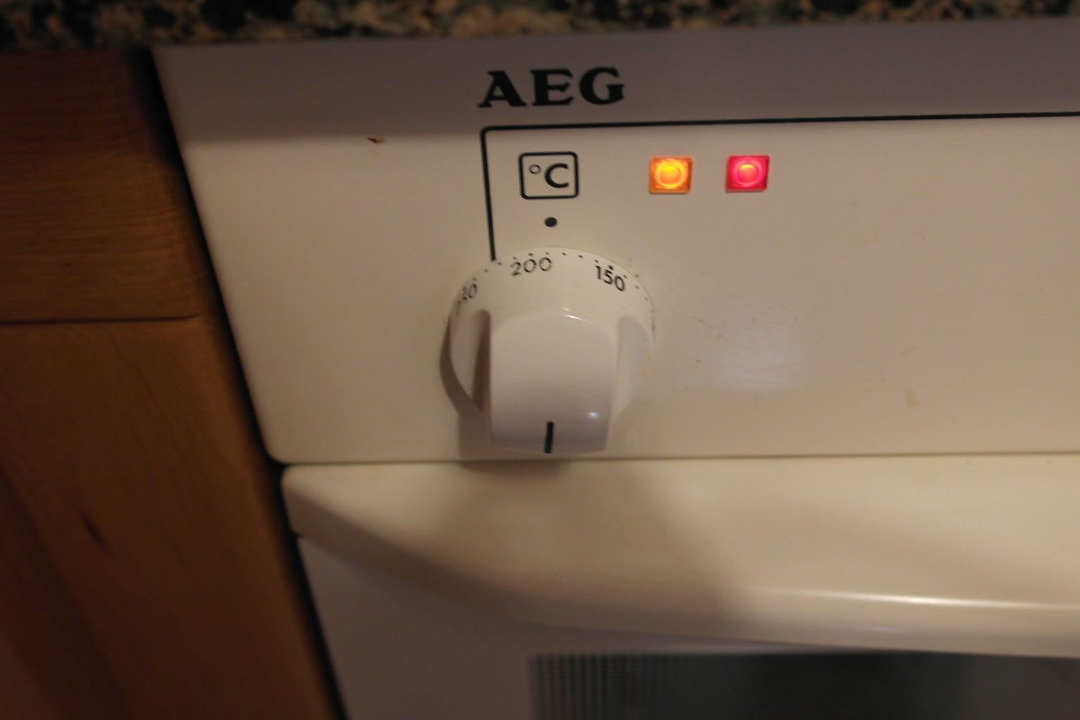 Preheat the Oven 180º