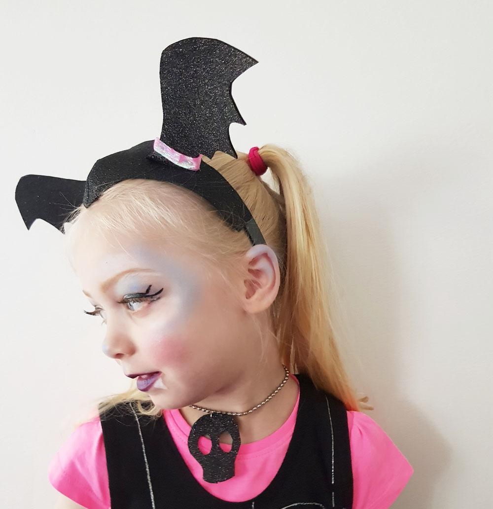 How to Make Your Vampire Headband