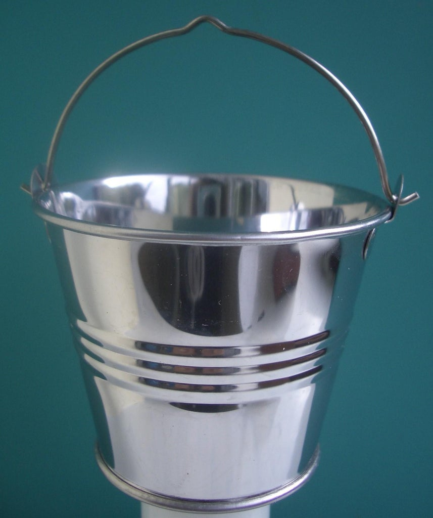 Choosing a Bucket and Chain