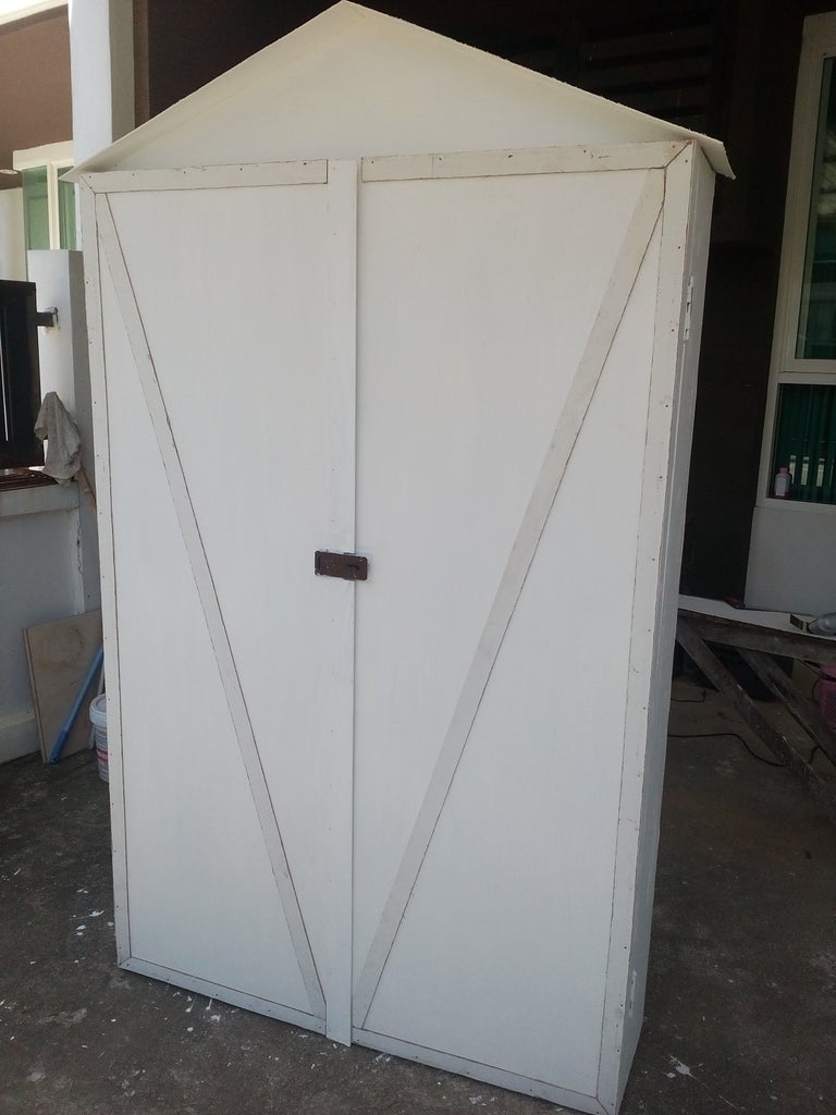 Trimming Up the Doors, Barn Style