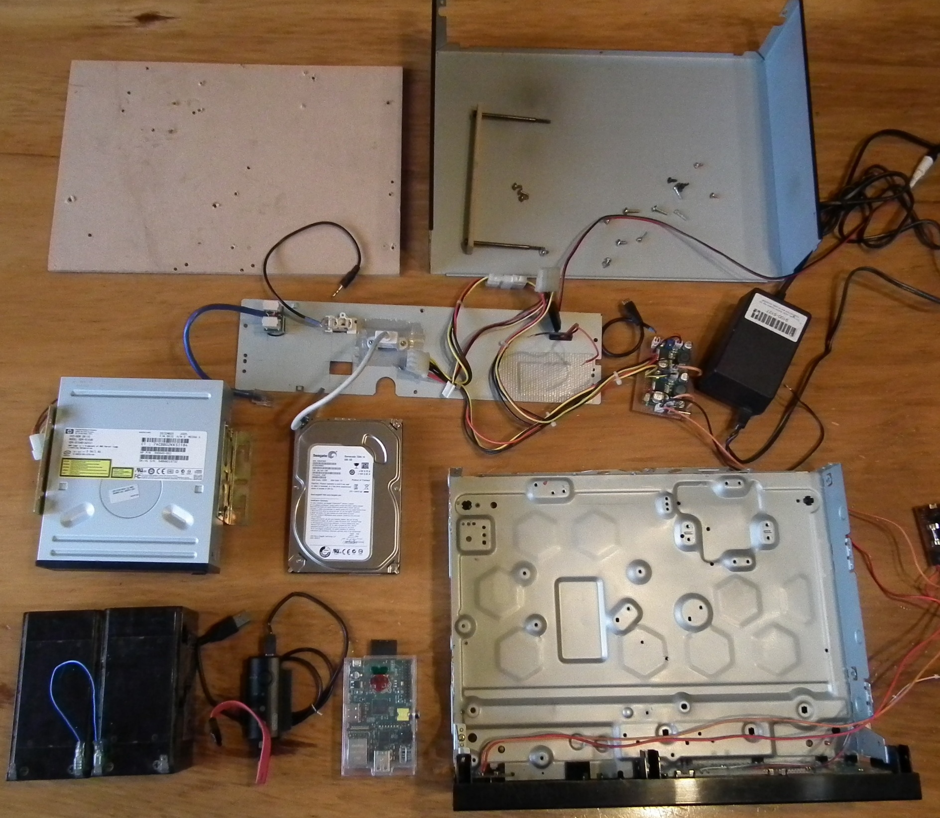Cheap, silent and efficent Home File Server