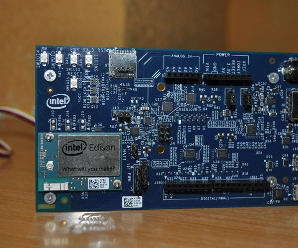 Intel IoT EDI - Monitoring a Comfortable and Safe Environment (with Intel Edison)