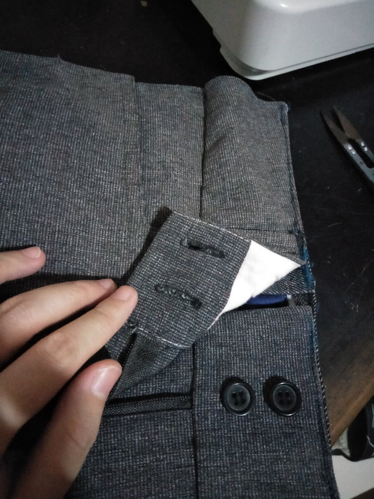 Attaching the Outer Material