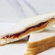 How to Make a Peanut Butter and Jelly Sandwich!