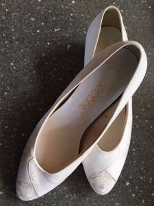 Start With Some Old, White Shoes/heels