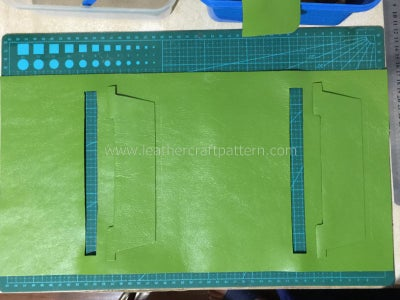 Sew First Card Slot On, Only Sew the Bottom Stitching Line