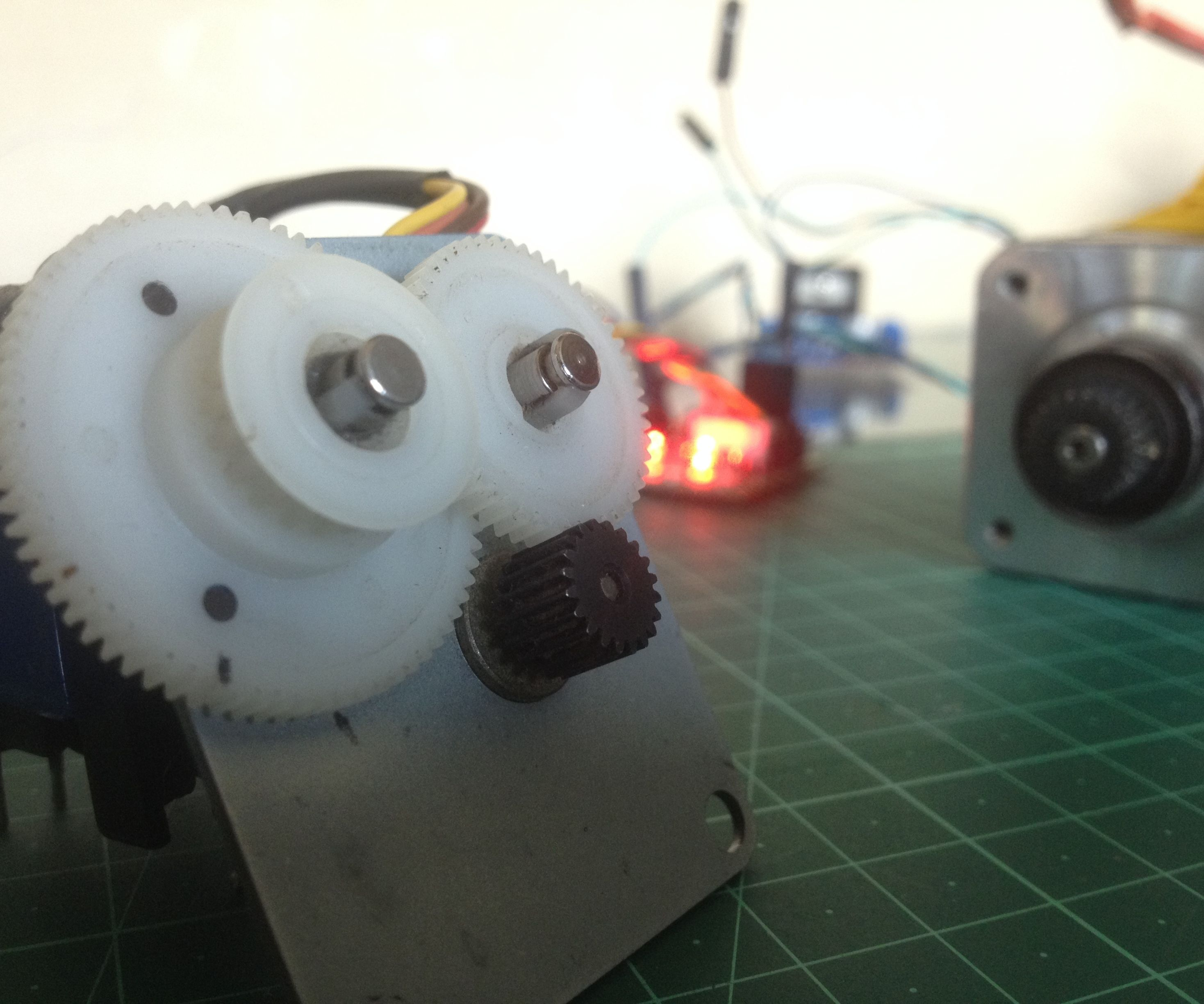 Make a Simple Stepper Motor Controller in MINUTES!