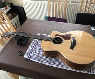 重新弦乐泰勒电吉他和锁定的字符串