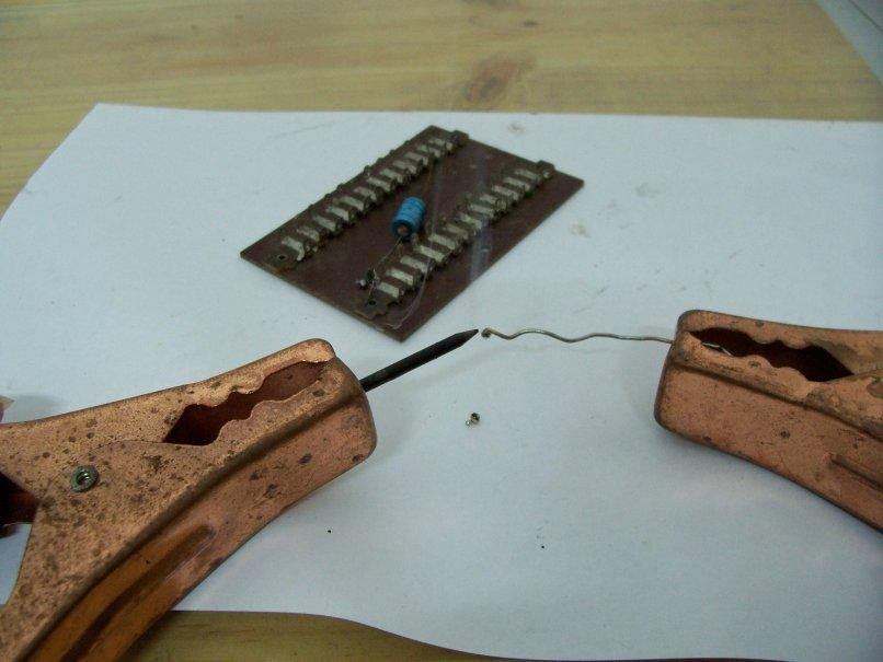 How to solder with an AA battery and a car battery