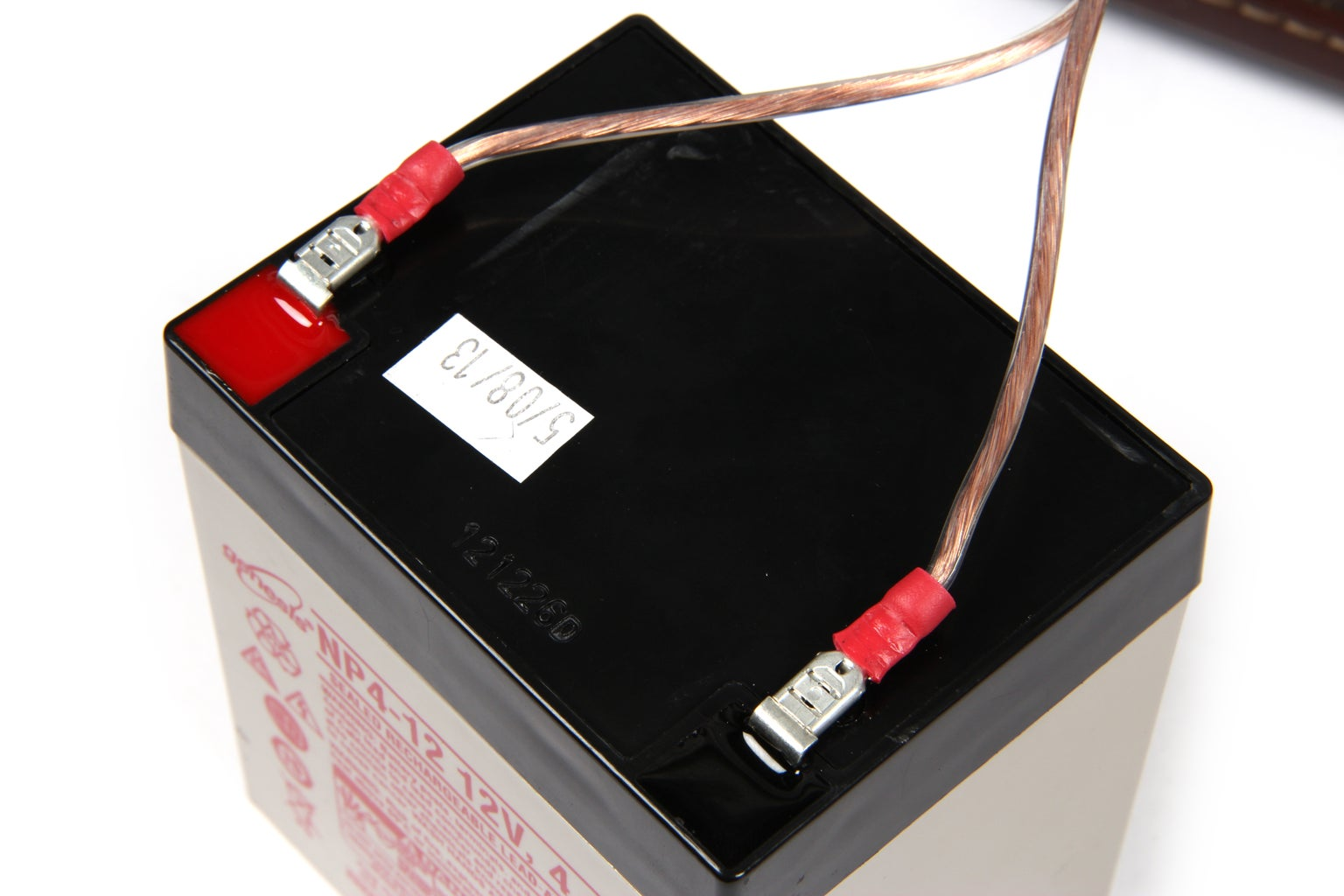 Wire Charge Controller to Batteries