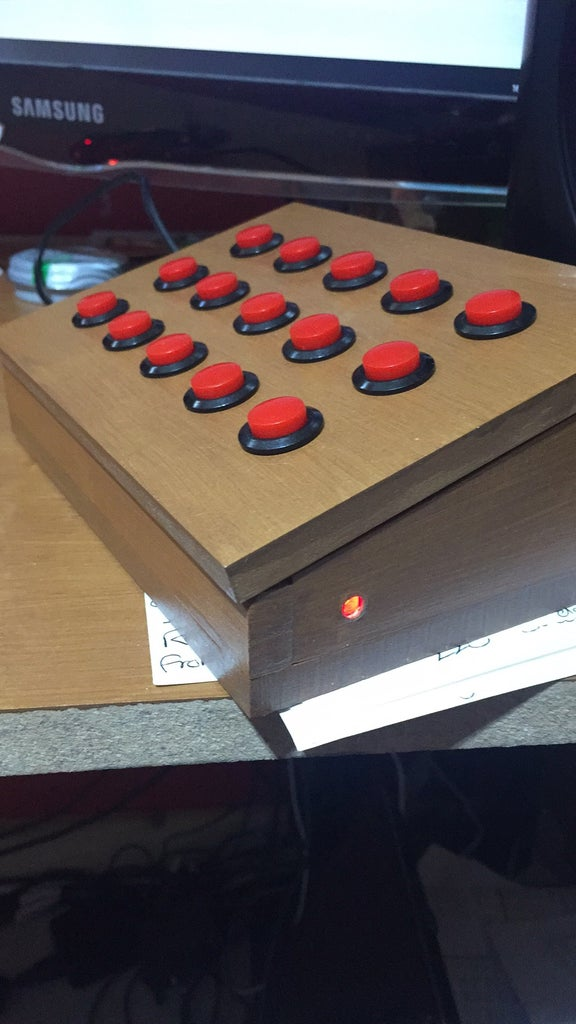 Arduino Uno/Leonardo Keyboard Macro Box