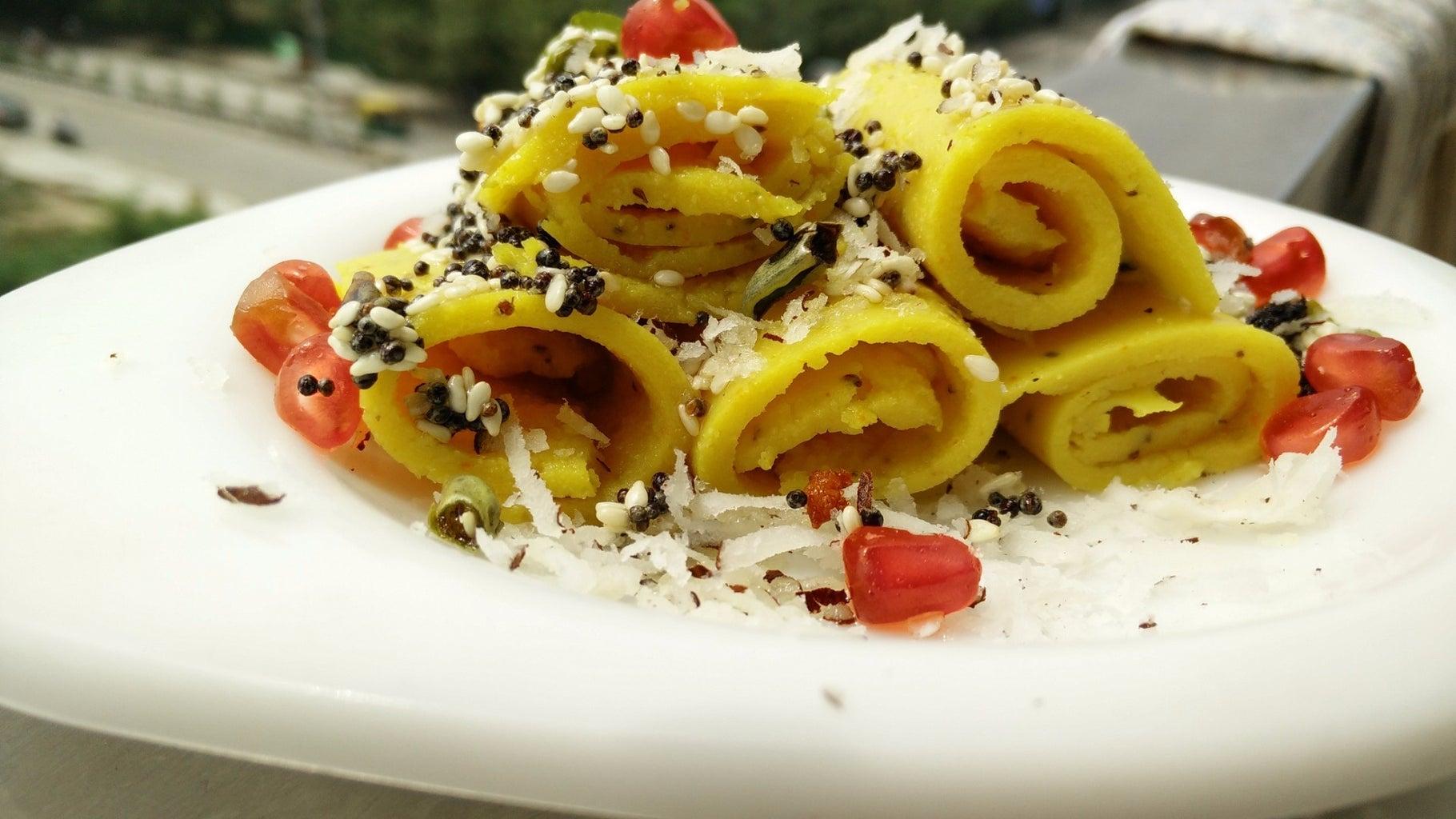 Khandvi Recipe (Indian Gujarati Snack)