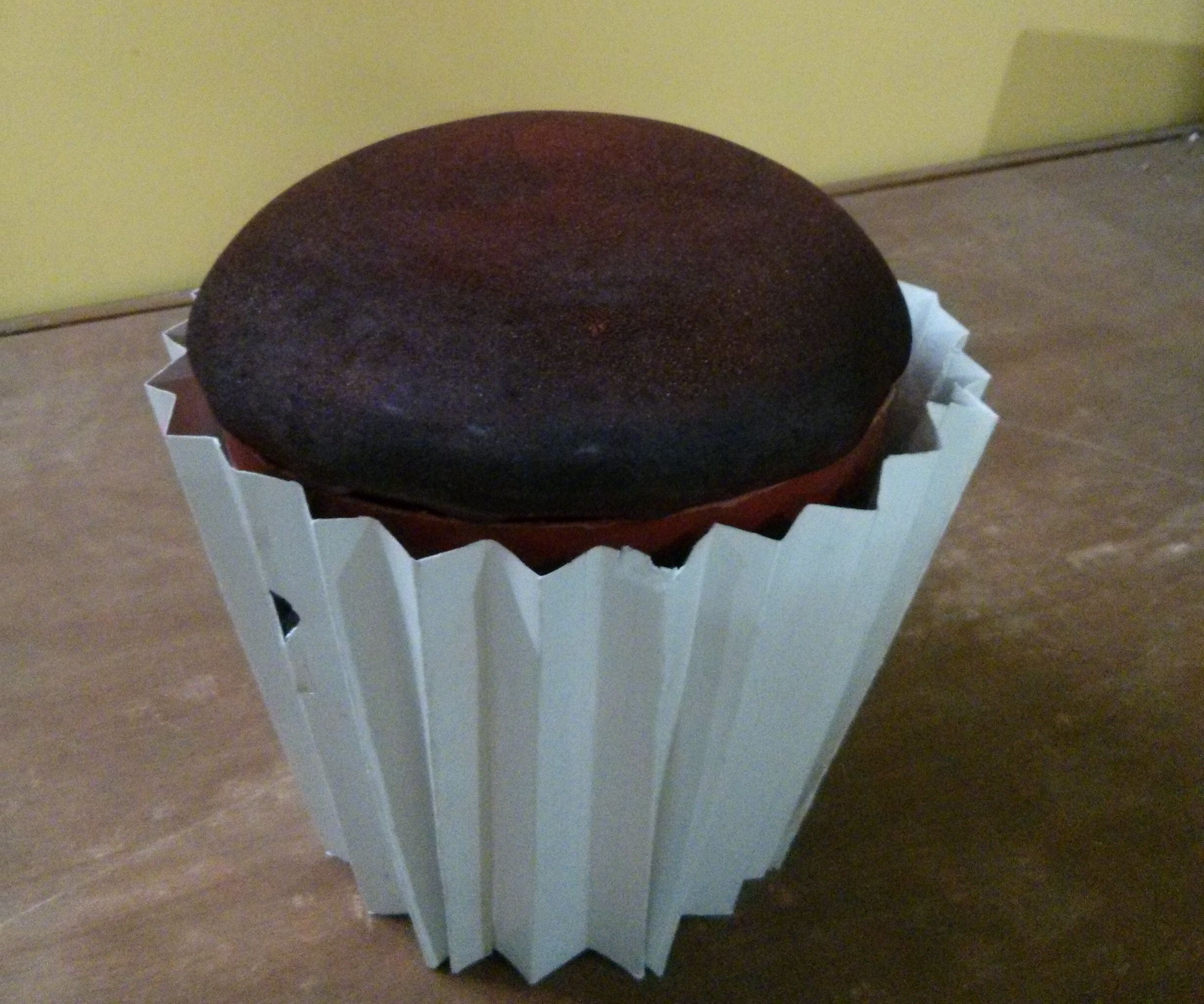 Cup cake chair