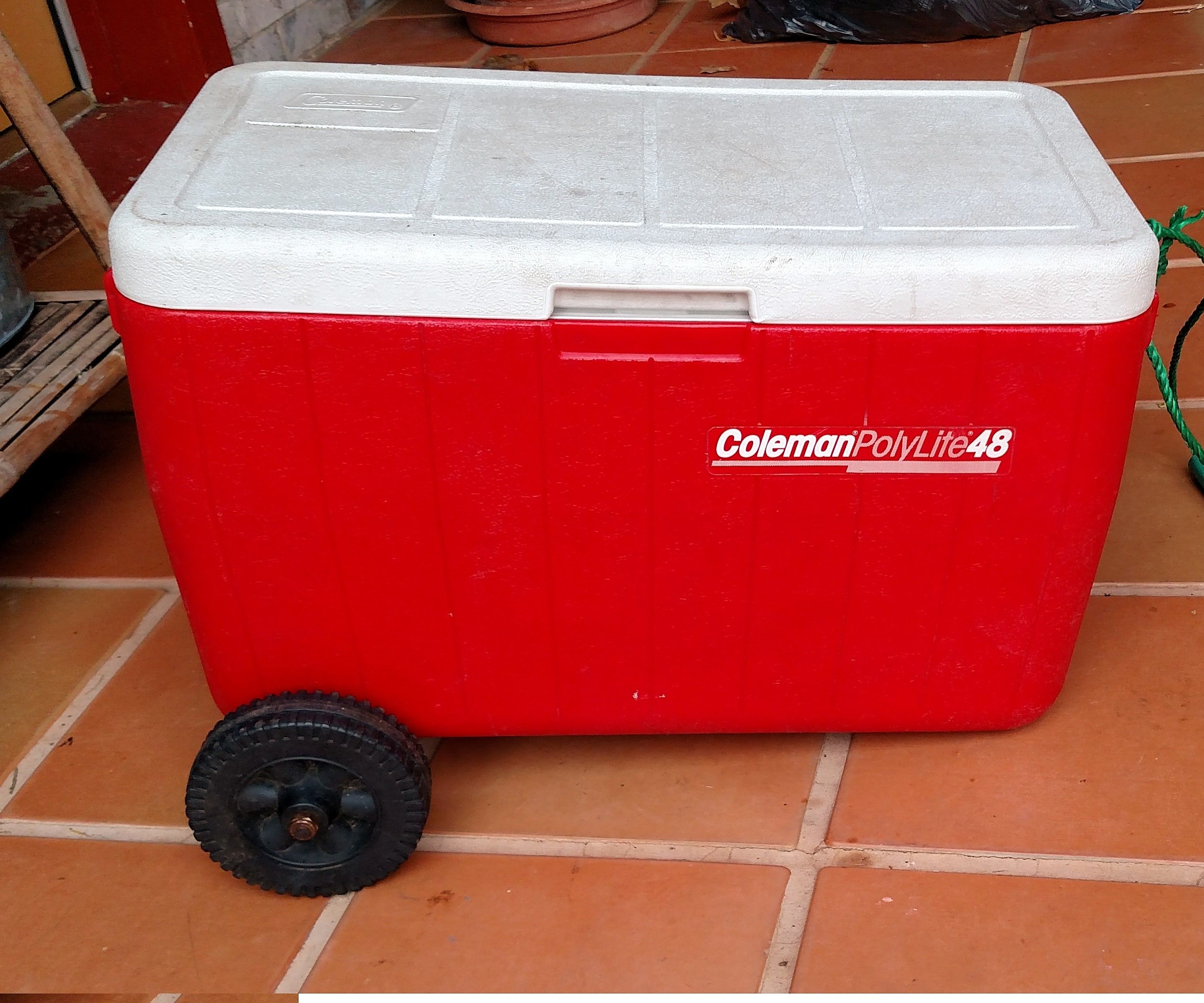 DIY Wheeled Cooler / Ice Chest