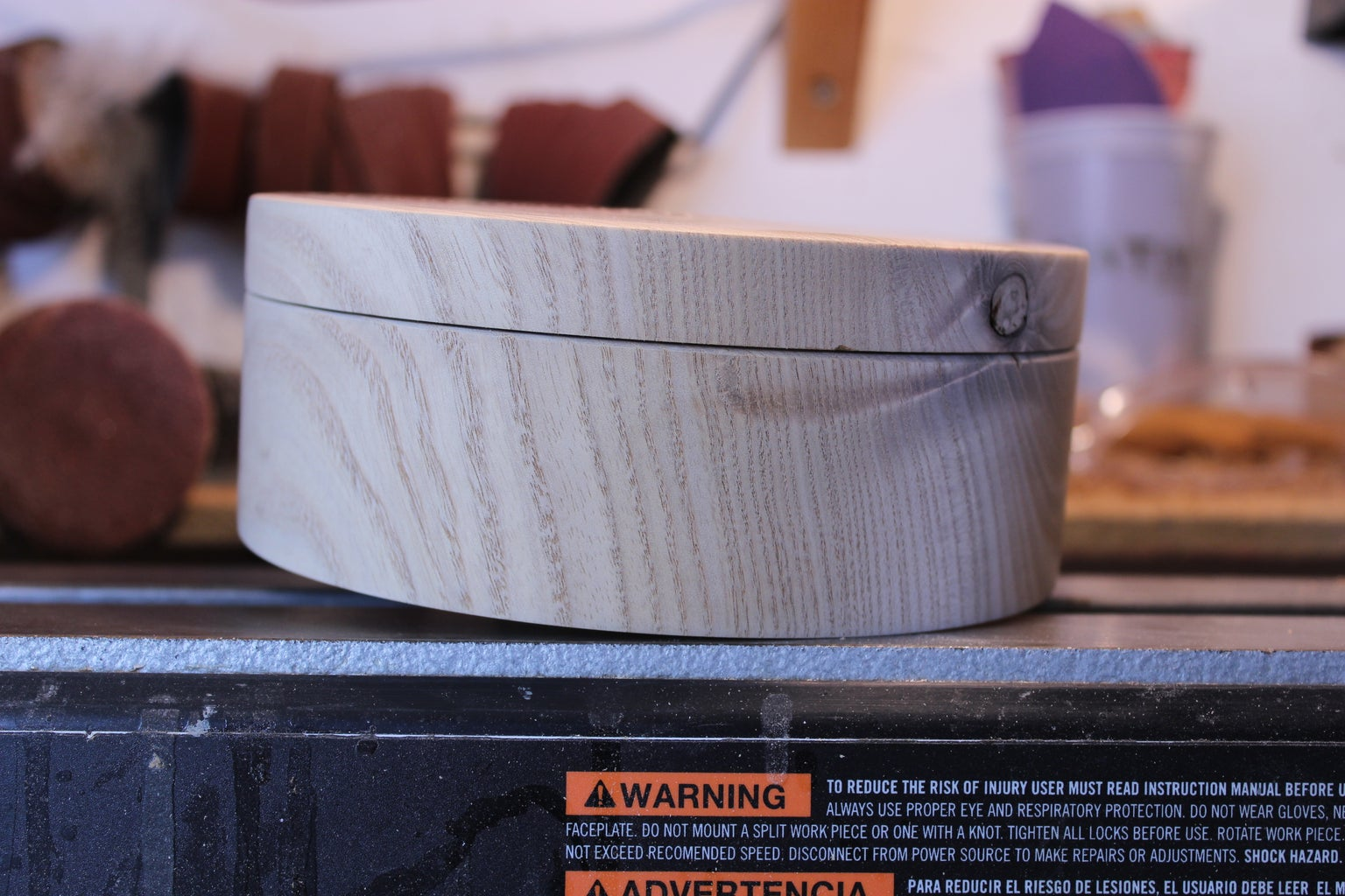 Finish Cut the Bottom and the Underside of the Lid