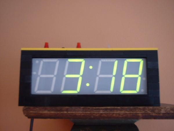 A Lego Clock Case