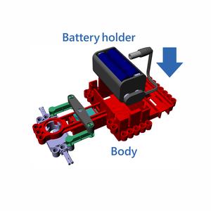 バッテリーホルダーをボディに収納しましょう