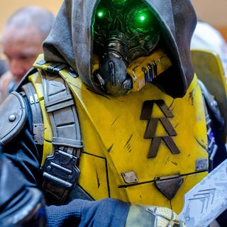 Destiny Hunter Mask and Armor Cosplay Build - SKS Props