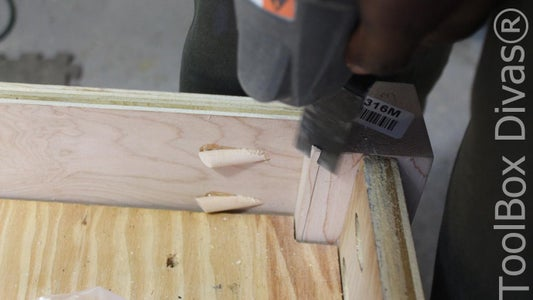 PLUG THE POCKET HOLES. AND USING a MULTI-PURPOSE TOOL FLATTEN THE INNER CORNER OF THE LEG.