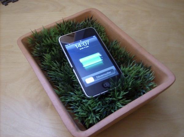 USB Grass Charging Station
