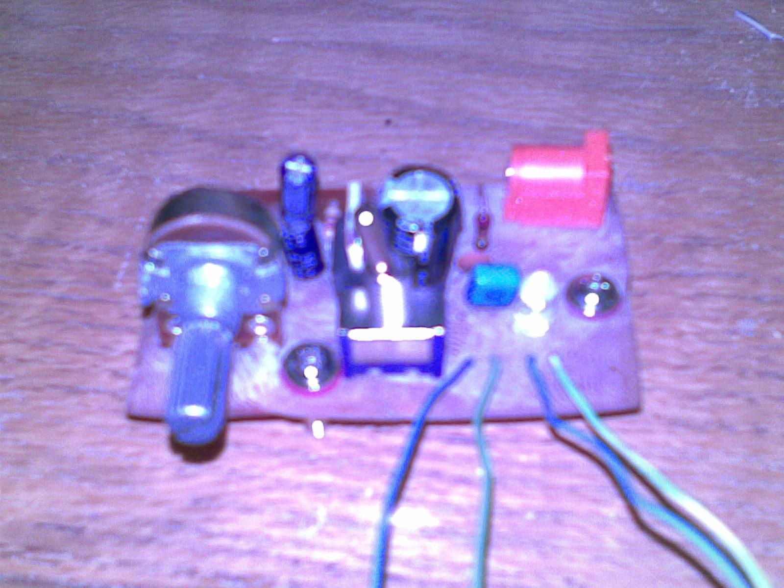 Desktop Voltage Regulator/Power Supply