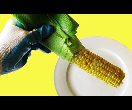 Easiest Way to Shuck a Corn