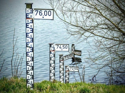 DIY Water Level Indicator (Without Any Microcontroller)