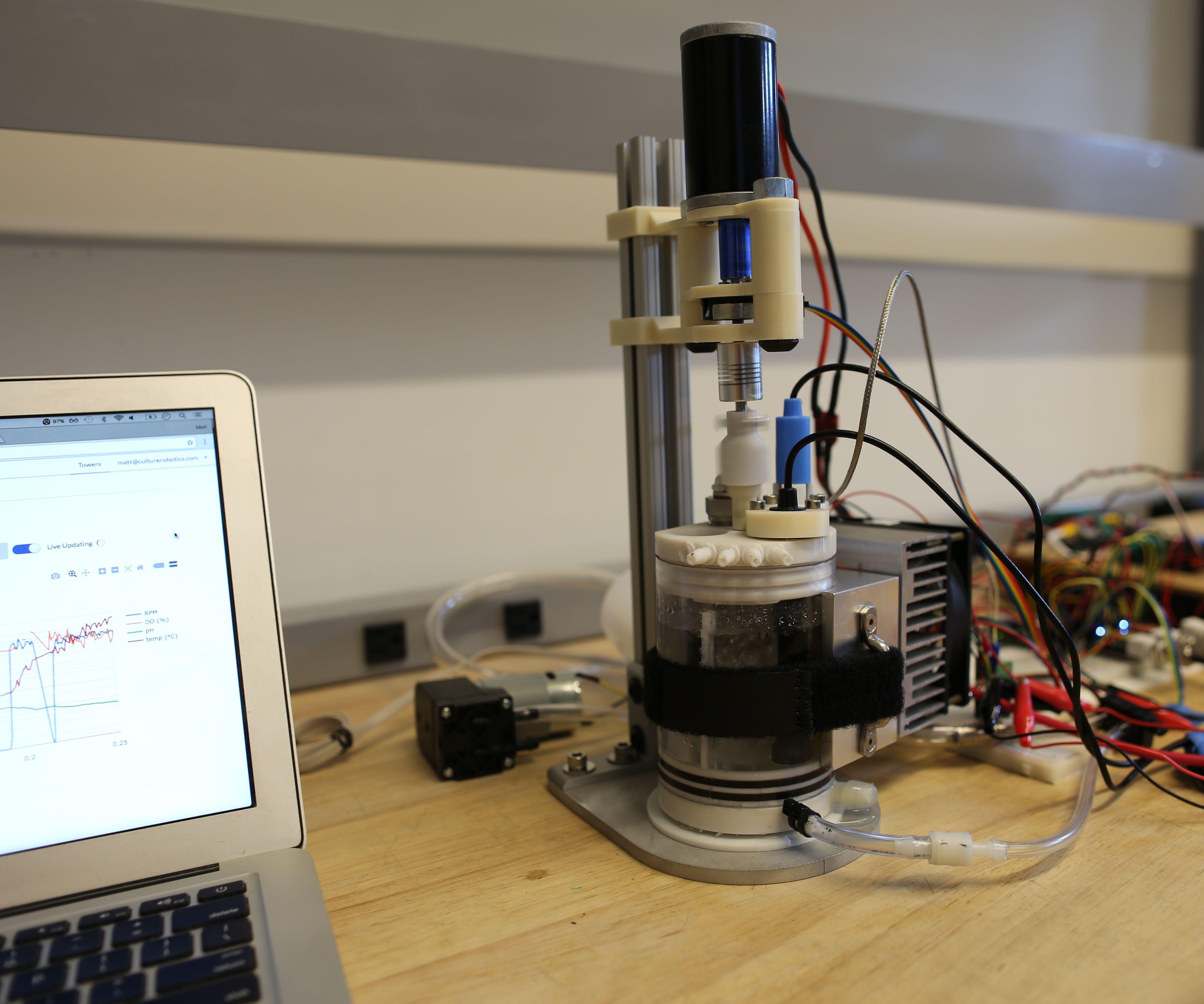3D printed, web-controlled bioreactor