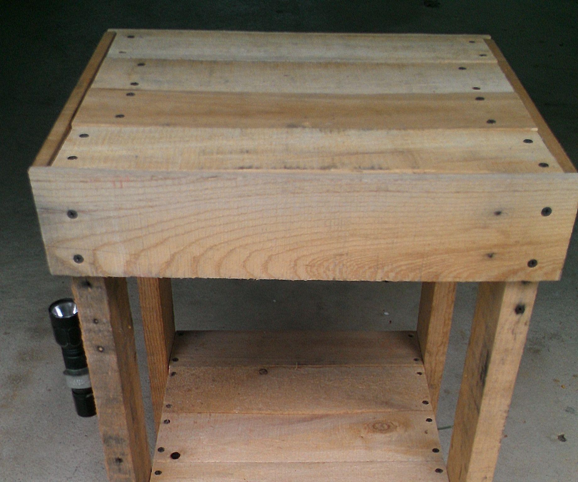 Pallet End Table Secret Storage 3 Steps Instructables