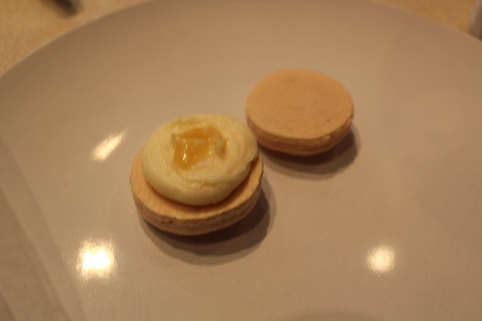 Filling Macaroons - Lemon