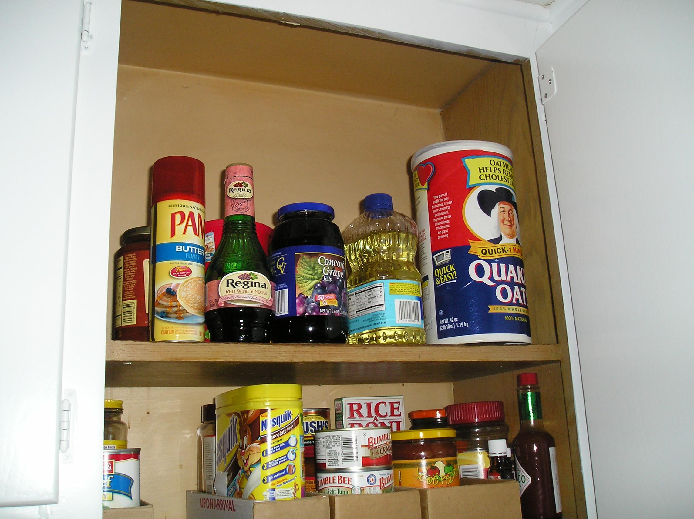 How to organize kitchen cupboard storage