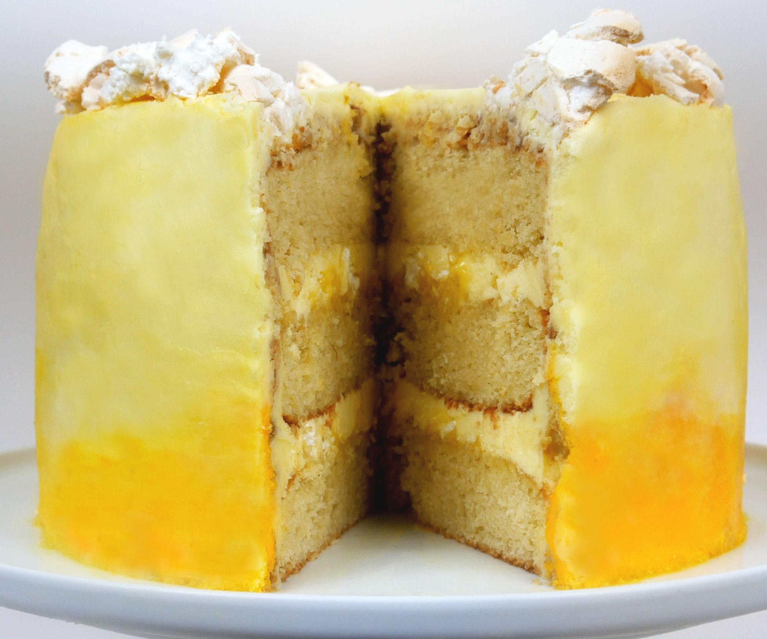 ZESTY LEMON MERINGUE CAKE