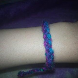 Scoubidou Bracelet