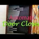 Automatic gravitational door closer