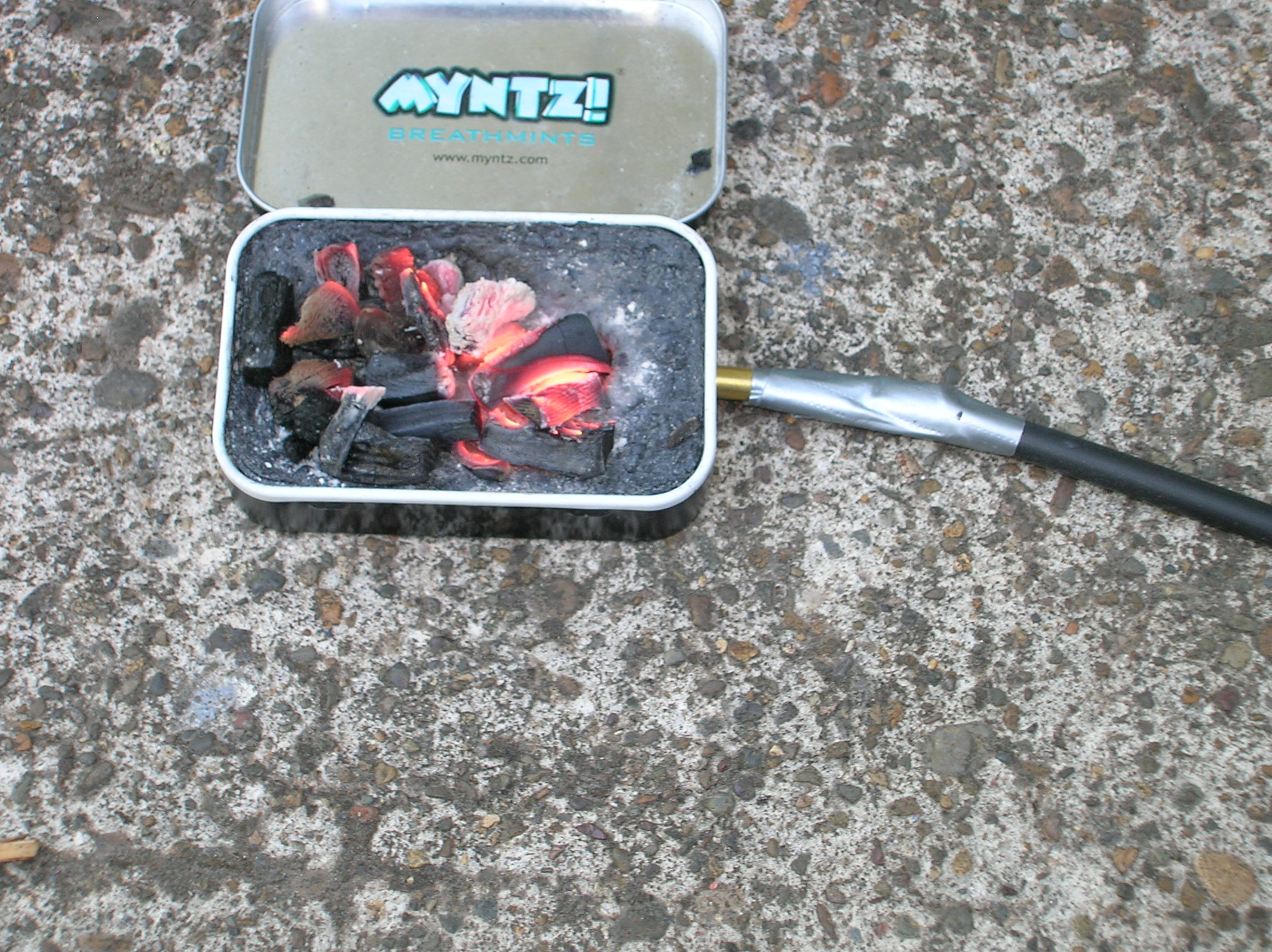 How to make a mini forge out of an Altoids tin