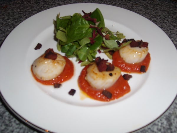 Scallops With Sweet & Spicy Pepper Sauce