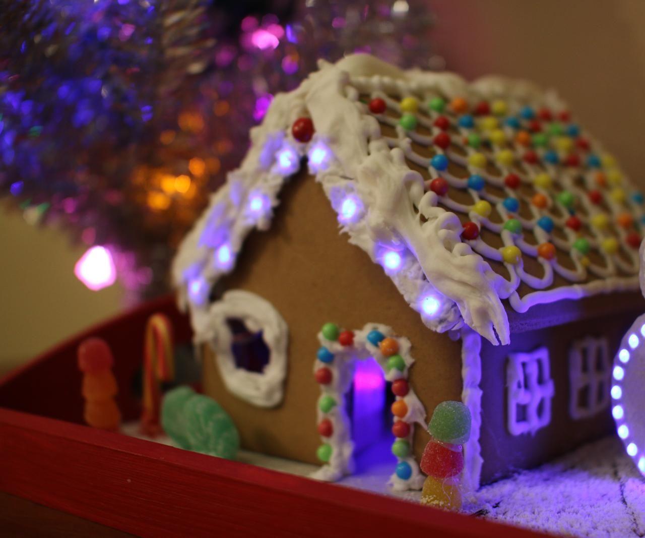 Magic Gingerbread House