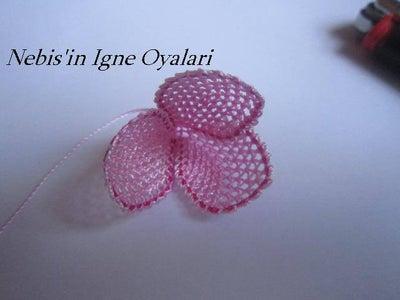 Construction of Lace Rosebud