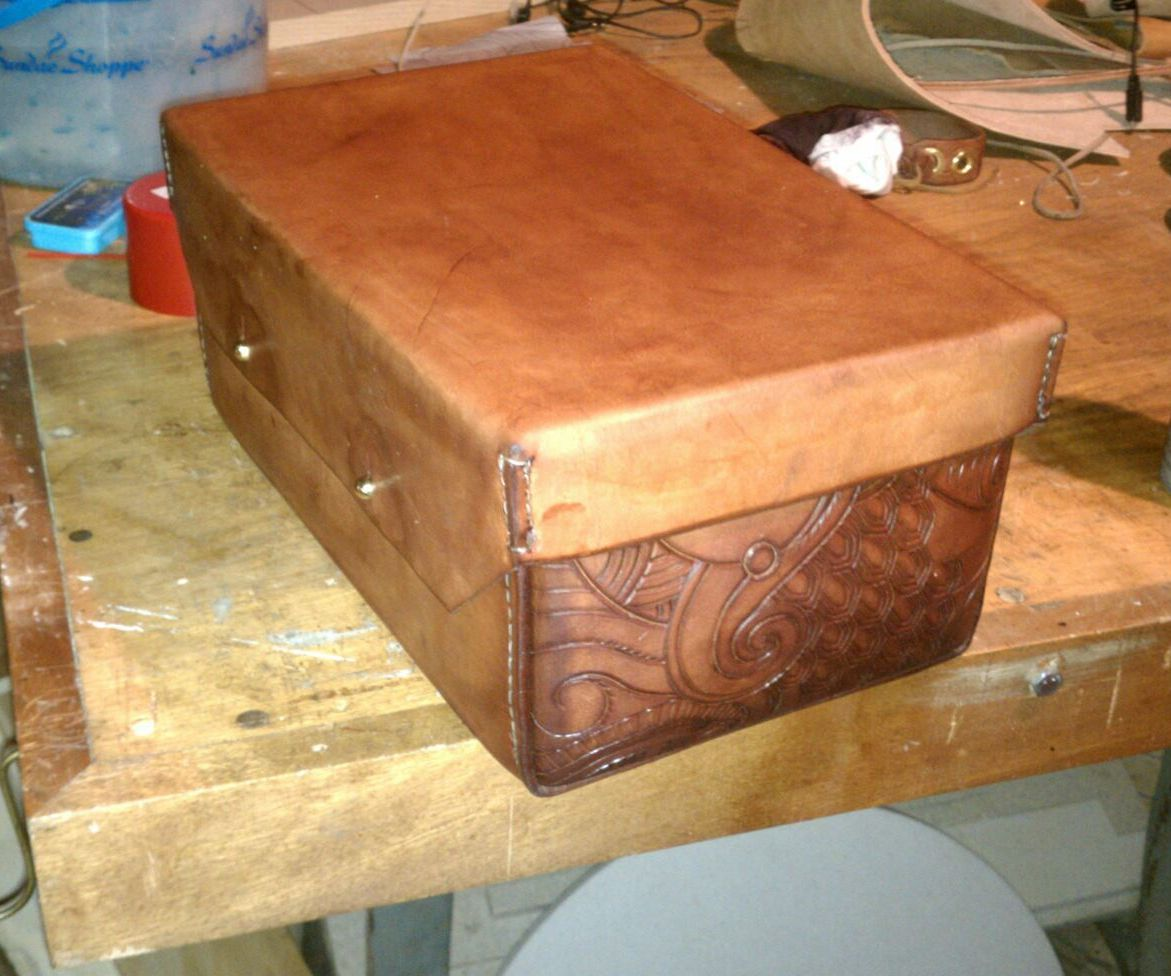 Sewing and tooling a packable leather toolbox