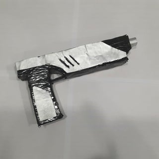 Star Wars Westar-35 Blaster Pistol Prop