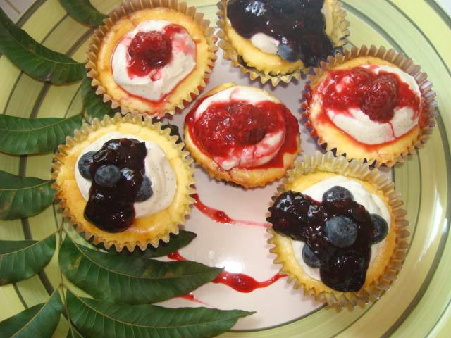 Greek Yogurt Cheesecake Cupcakes